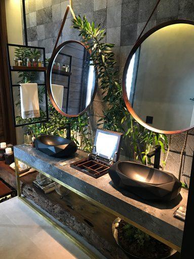 Ambiente Loft Casa Hotel feito pela Creato Arquitetura com o nosso mármore dolomítico Donatello.